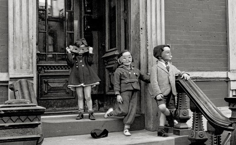 Helen Levitt, New York, 1940.
