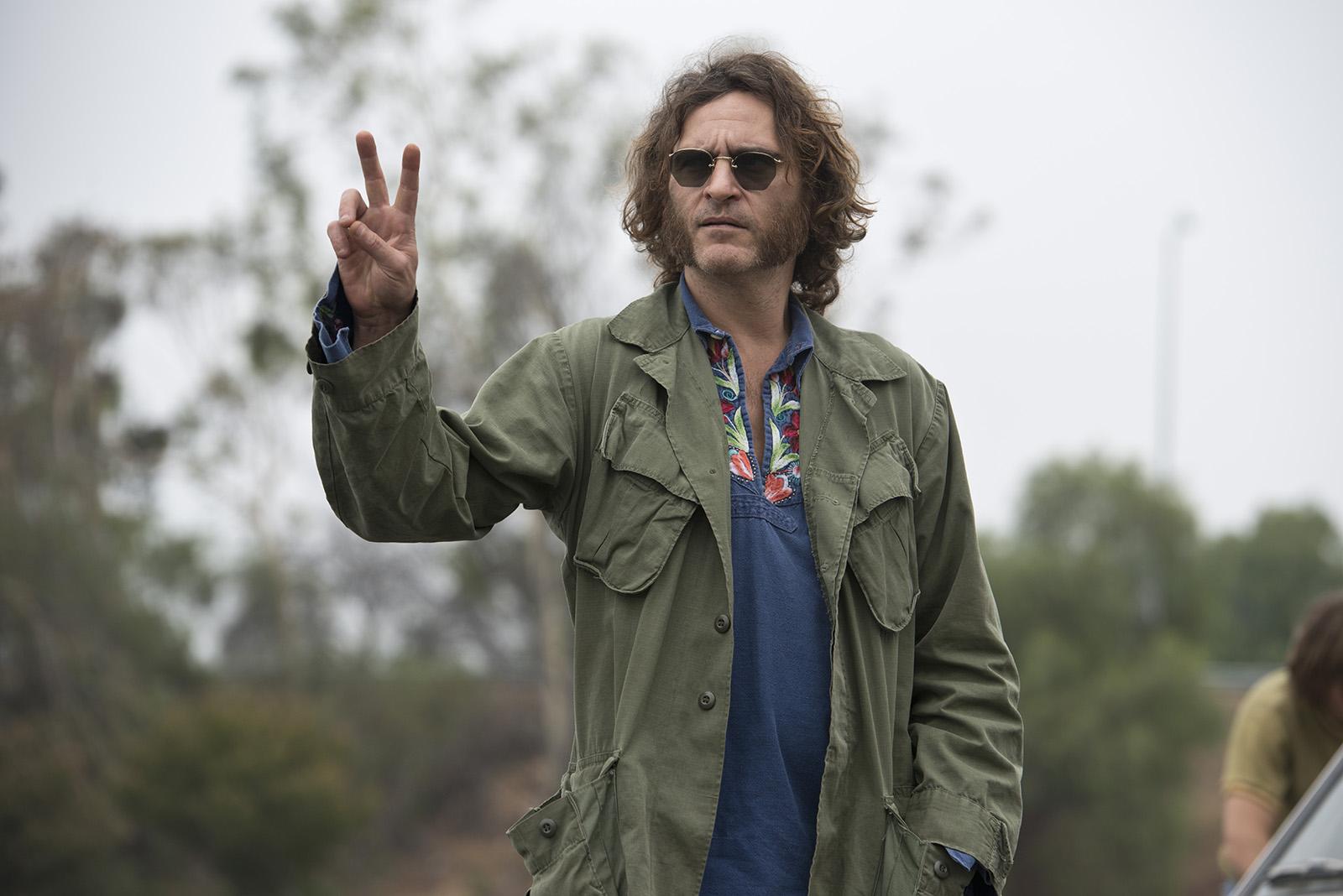 Joaquin Phoenix dans Inherent Vice de Paul Thomas Anderson (2015)