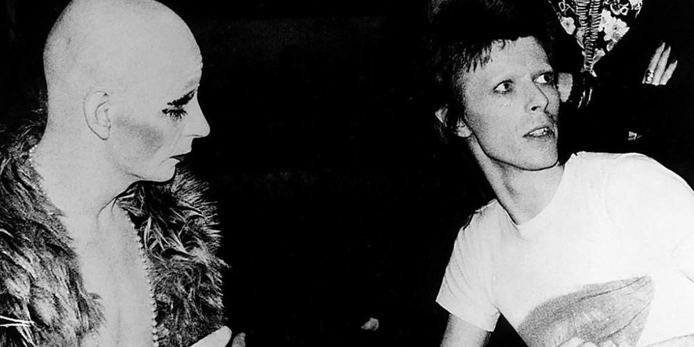 Cliché de Lindsay Kemp et David Bowie.