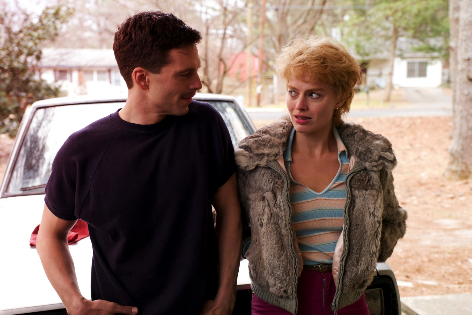 "Sebastian Stan et Margot Robbie dans ""Moi, Tonya""."