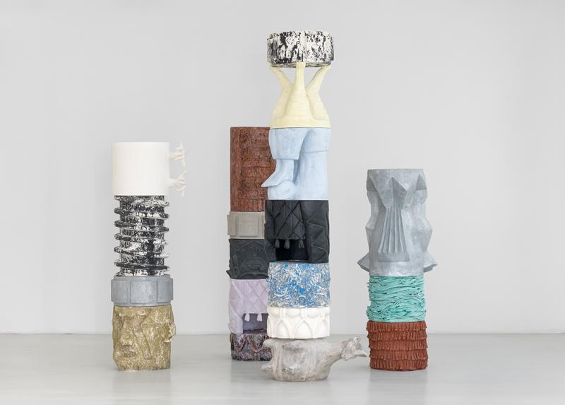 """Marion Verboom, """"Achronies"""", 2017. Plâtre, résine et bois, dimensions variables.© Marion Verboom, Adagp, Paris, 2019 / Galerie Jérôme Poggi, Paris. Photo © Nicolas Brasseur."""