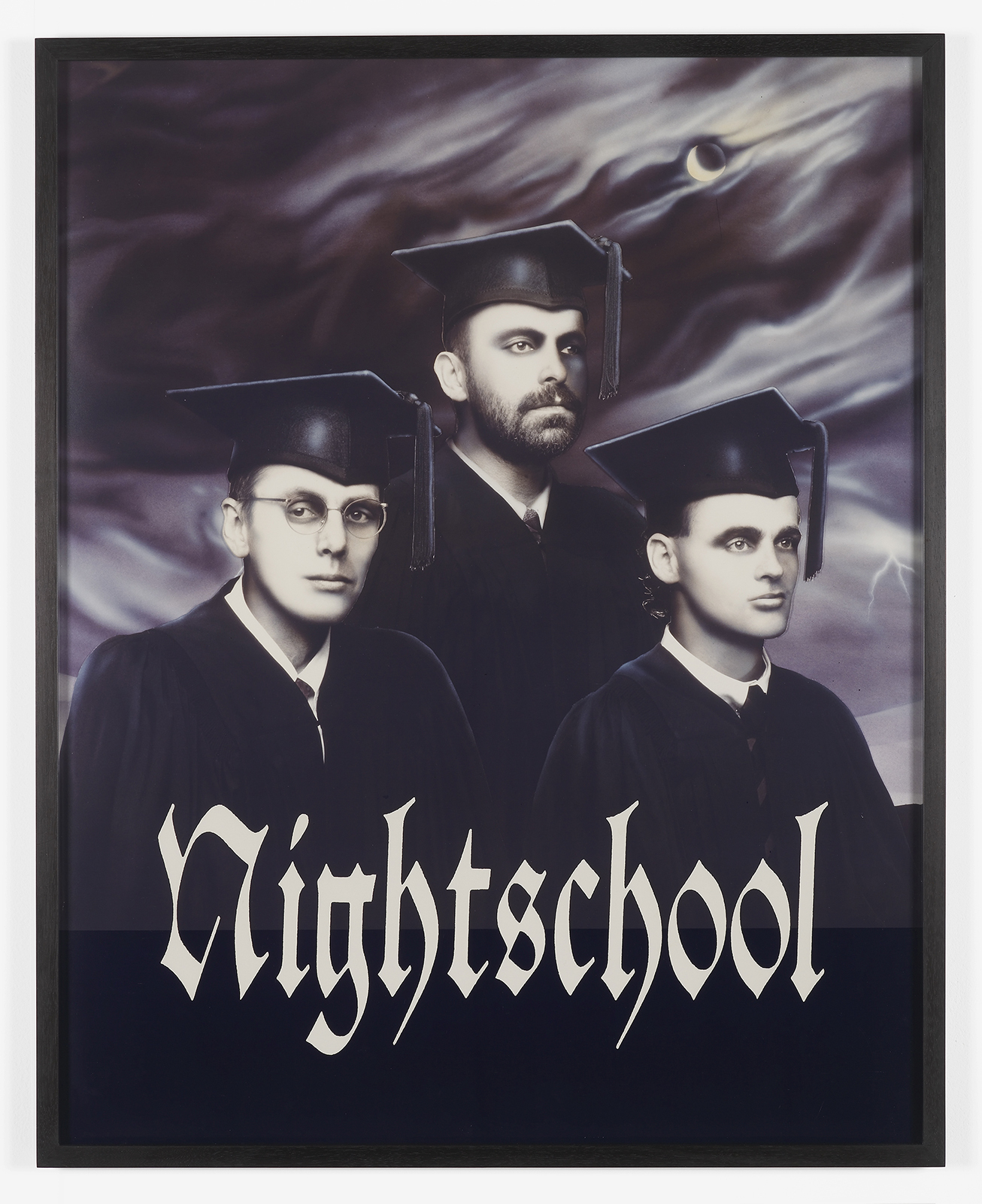 """Nightschool"" (1989) de General Idea. Laque sur vinyle, 225.4 x 160 cm."