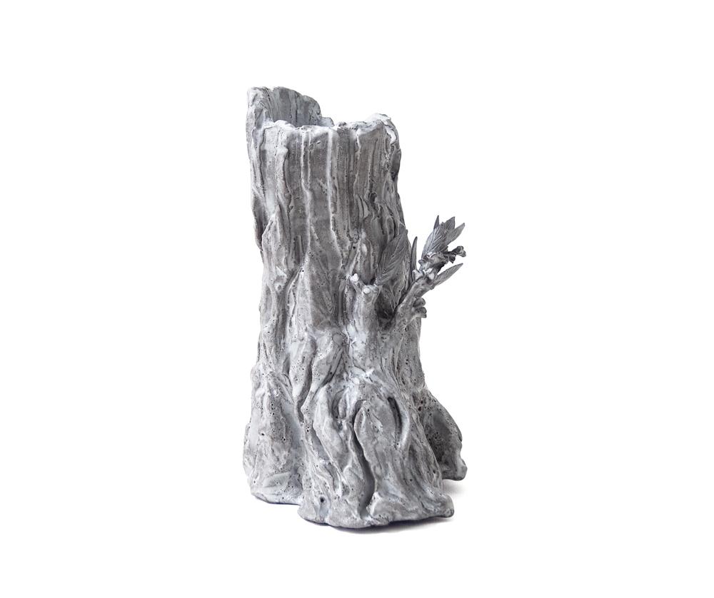 """Céramiques et de bronzes """"tronc rugueux, feuilles & délicats oiseaux"""" de Setsuko Klossowska de Rola, galerie Almine Rech, Paris, Londres, New York, Bruxelles."""