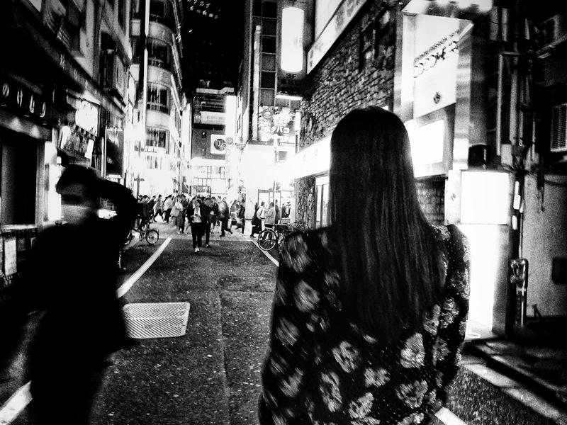Les photographies de Daido Moriyama capturant l'esprit Saint Laurent