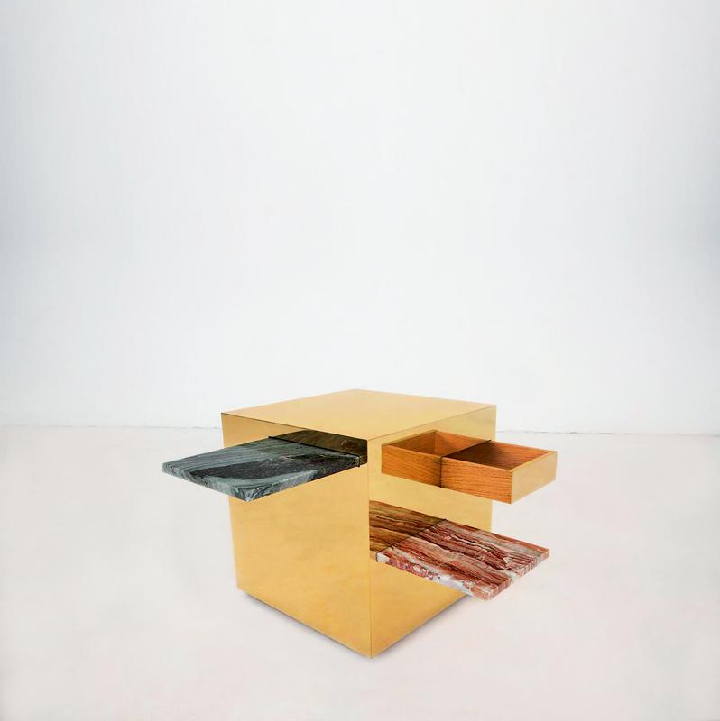 """Table basse """"Cubi"""" (2016). Structure en bois, finition laiton et éléments en marbre antique. Design Francesco Santo Chirico, Gate 5 Gallery."""