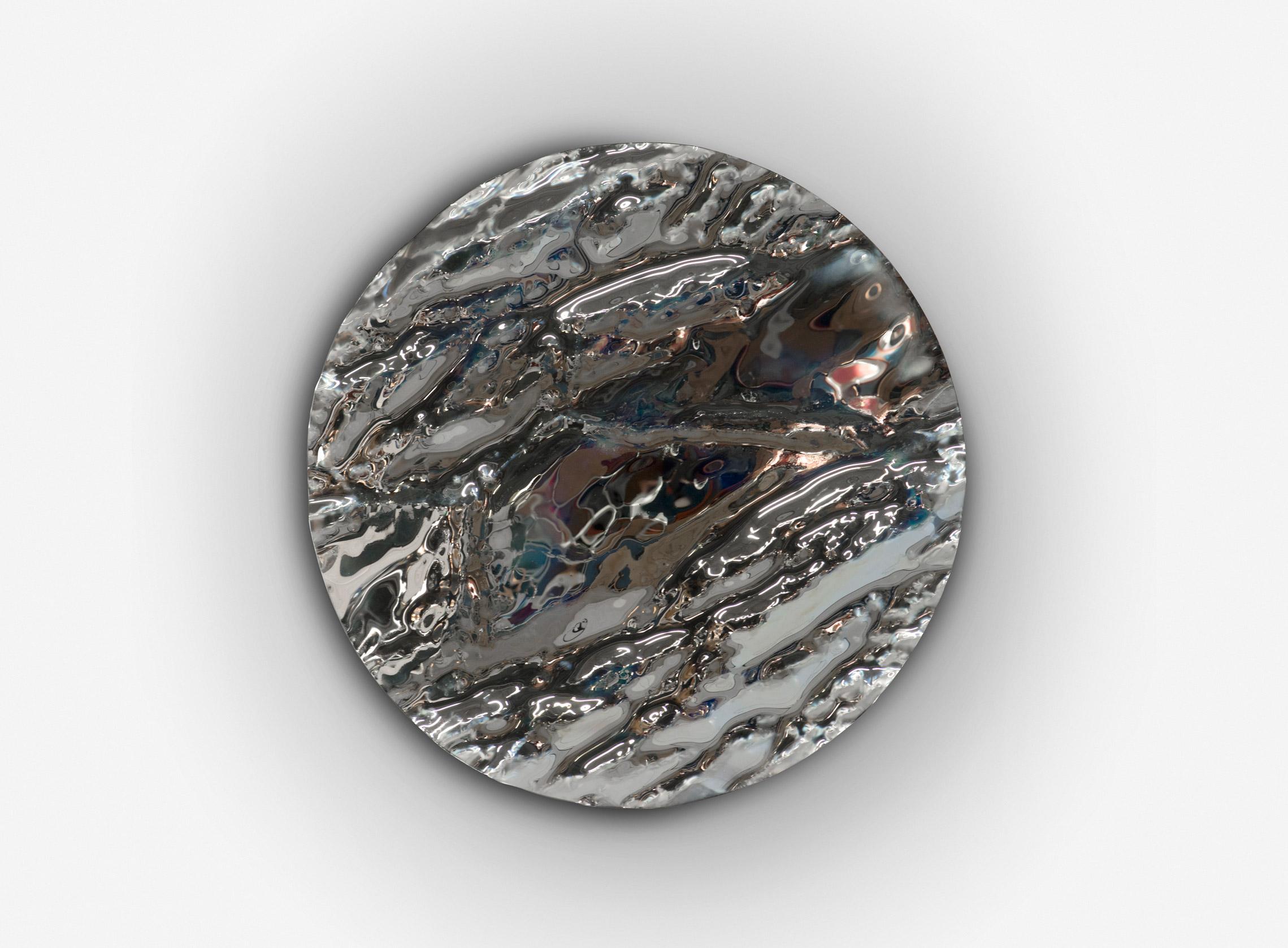 Glaz (miroir) de Damien Gernay sur le stand de la galerie Gosserez au PAD Paris. 110cm de diamètre.