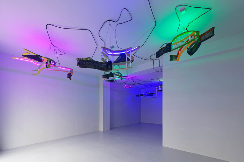 """Daniel Jacoby, """"Pink Dusts"""" à la galerie Antoine Levi (2019). Photo : Aurélien Mole"""