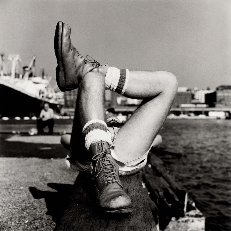 """Peter Hujar, """"Christopher street pier (2)"""" (1976)."""