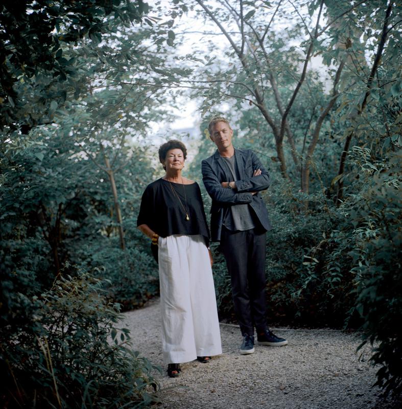 Chantal Crousel et son fils Niklas Svennung photographiés par Jean-Luc Moulène