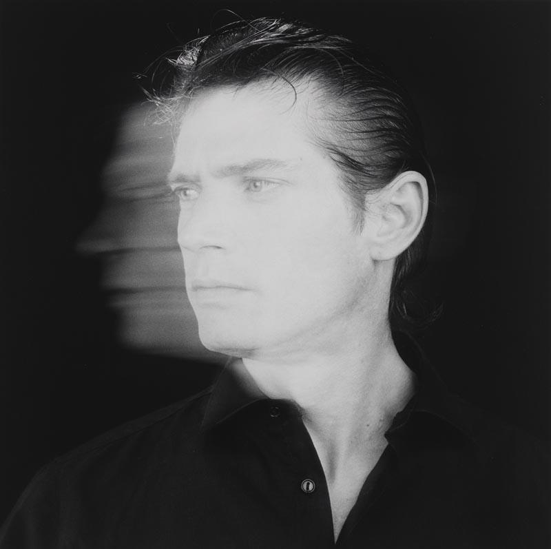 "Robert Mapplethorpe, ""Self Portrait"", 1985. Courtesy of the Robert Mapplethorpe Foundation and the Solomon R. Guggenheim Museum, New York.  © Robert Mapplethorpe Foundation"
