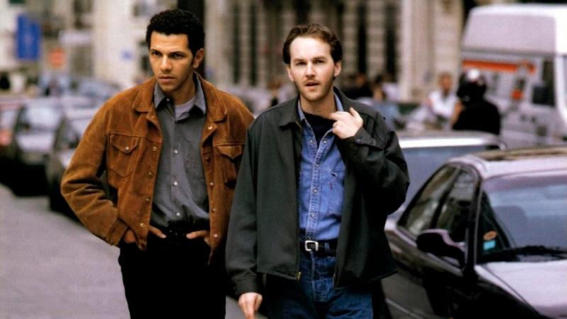 """Roschdy Zem et Xavier Beauvois dans """"N'oublie pas que tu vas mourir"""" (1995)."""
