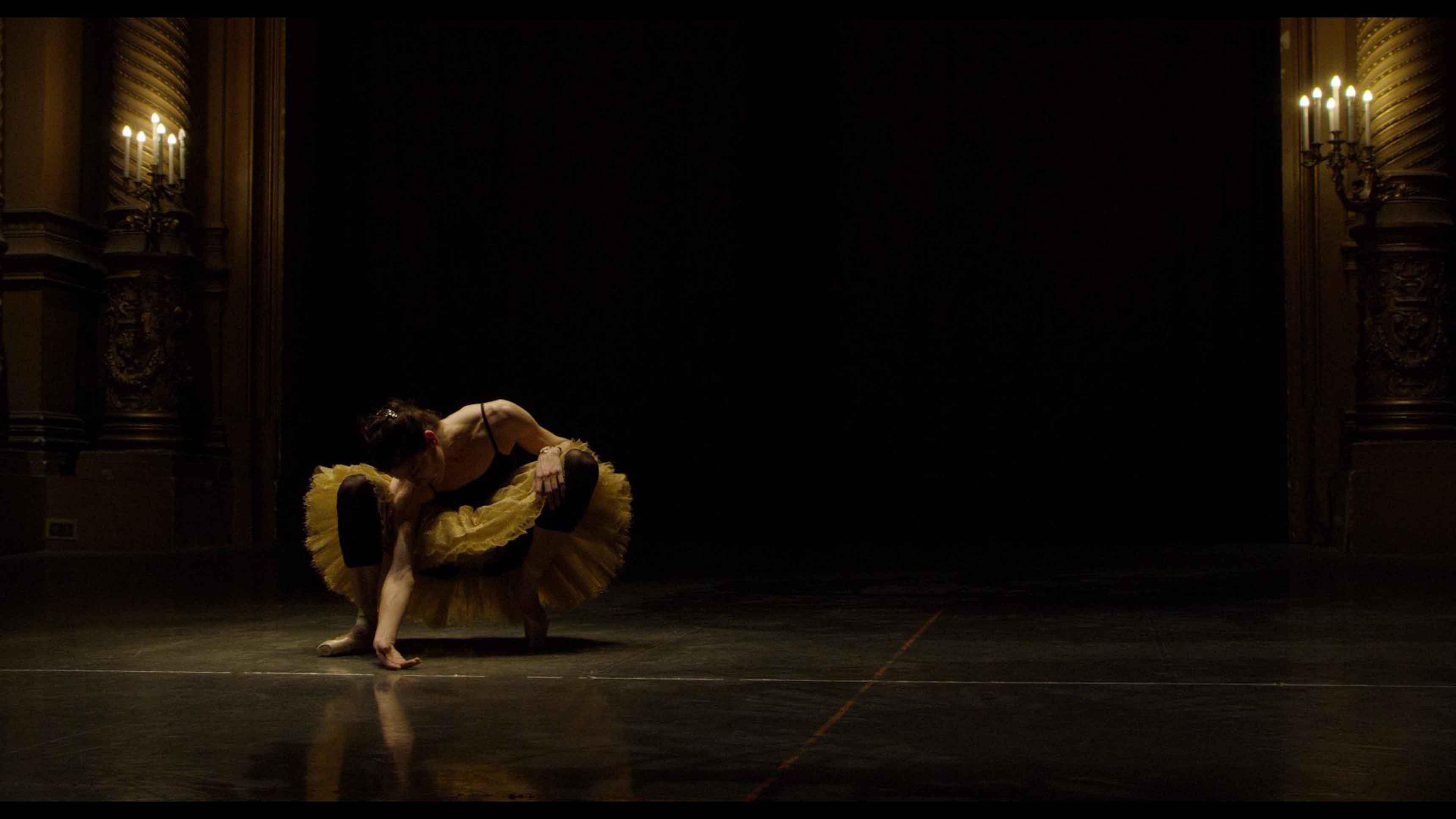 Sarah Winchester - Marie-Agnès Gillot ©Bertrand Bonello