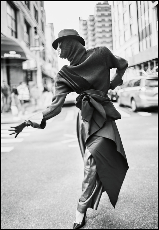 Wool and velvet pull and scarf, leather pant and gloves, belt and hat, MARC JACOBS. Stilettos, ALEXANDER WANG.