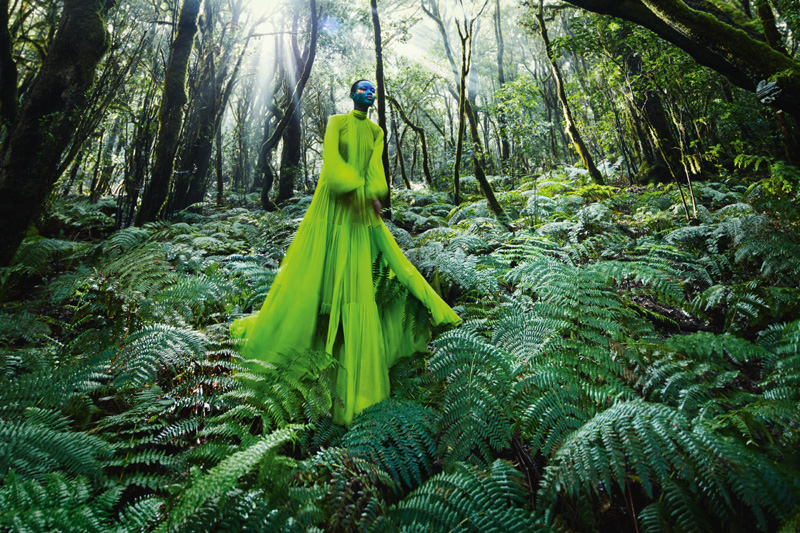 Longue robe plissée en georgette de soie, VALENTINO.