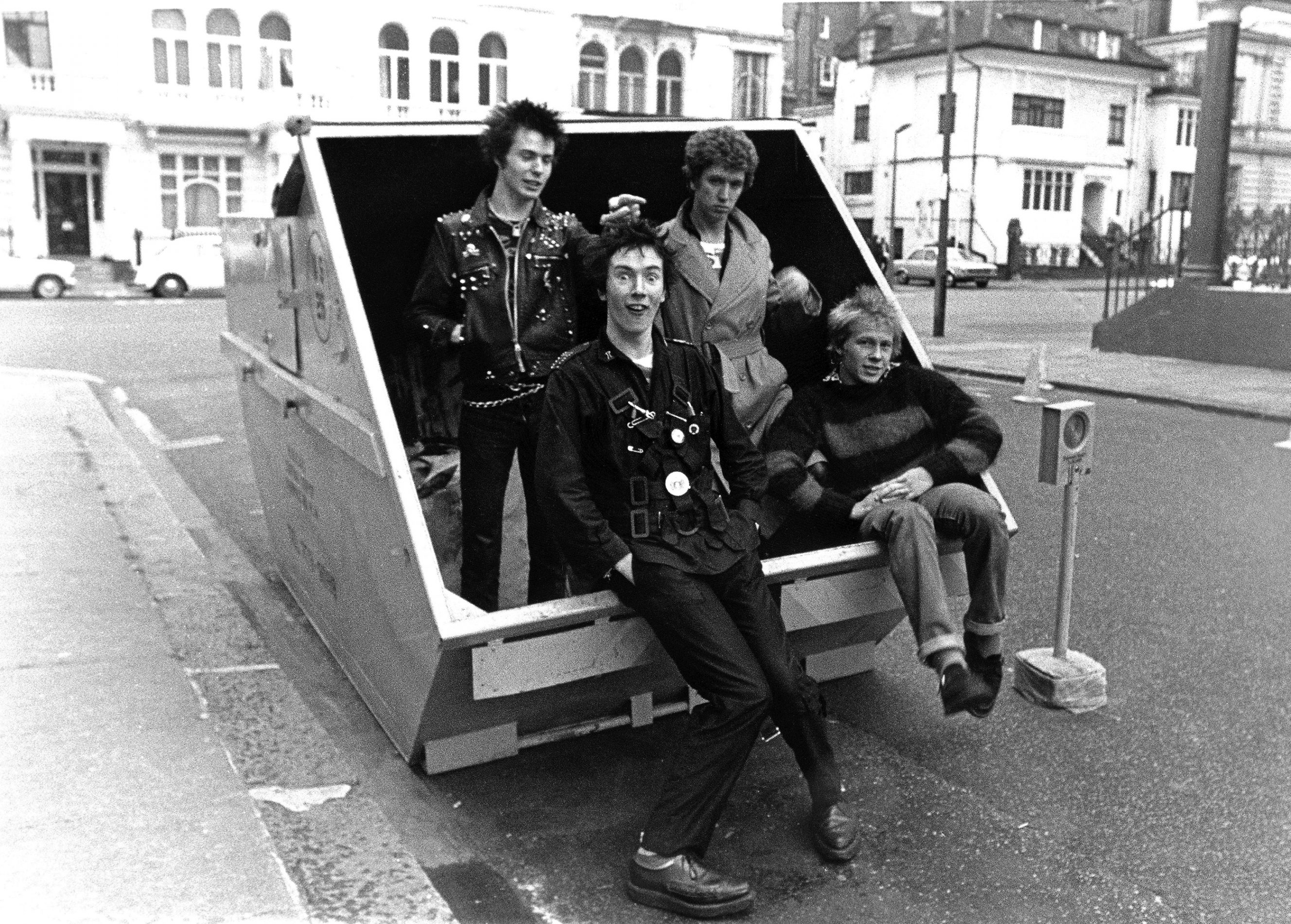 Sex Pistols, Hyde Park, 1977 © Janette Beckman