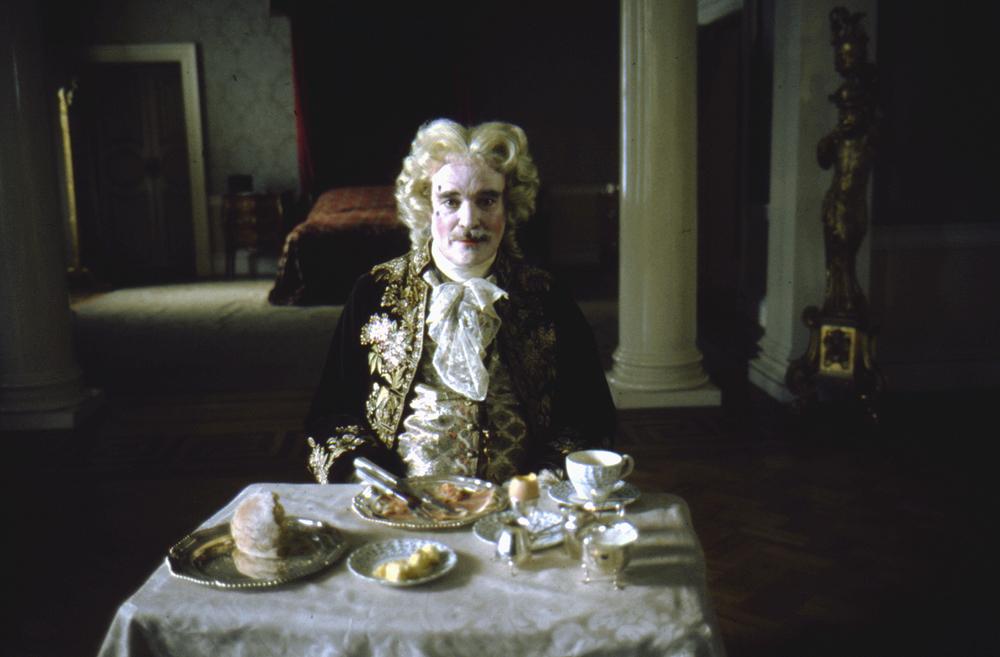 """Le Chevalier de Balibari joué par James Magee dans """"Barry Lyndon"""" (1973-75), réalisé par Stanley Kubrick © Warner Bros. Entertainment Inc."""