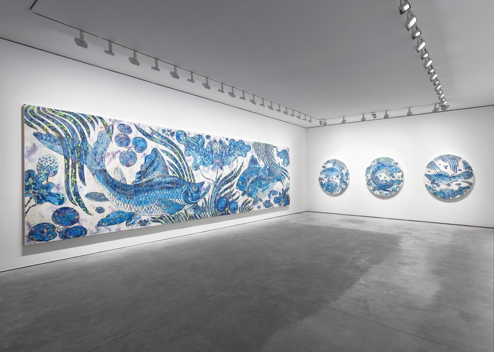 """Vue de l'exposition """"Baka"""" chez Perrotin Paris. Photo : Claire Dorn © 2019 Takashi Murakami/Kaikai Kiki Co., Ltd. All Rights Reserved."""