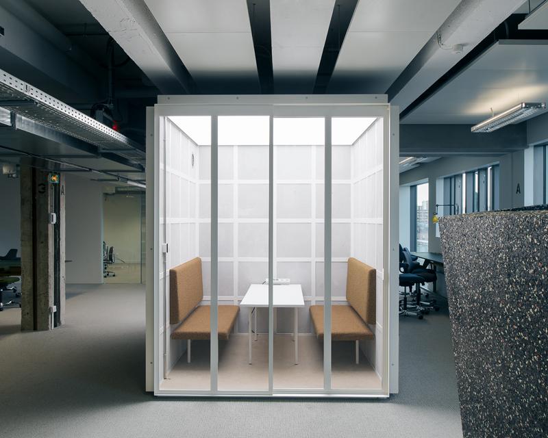 Unités de travail, de réunion et de repos pour openspace, Pantin (93), 2017, Jean-Benoît Vétillard Architectures