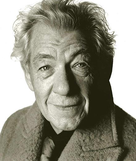 Ian McKellen photographié par David Bailey.