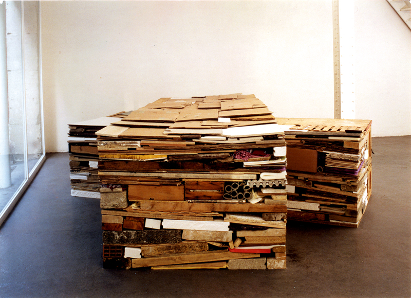 """Stack (Double) [1980], Tony Cragg"