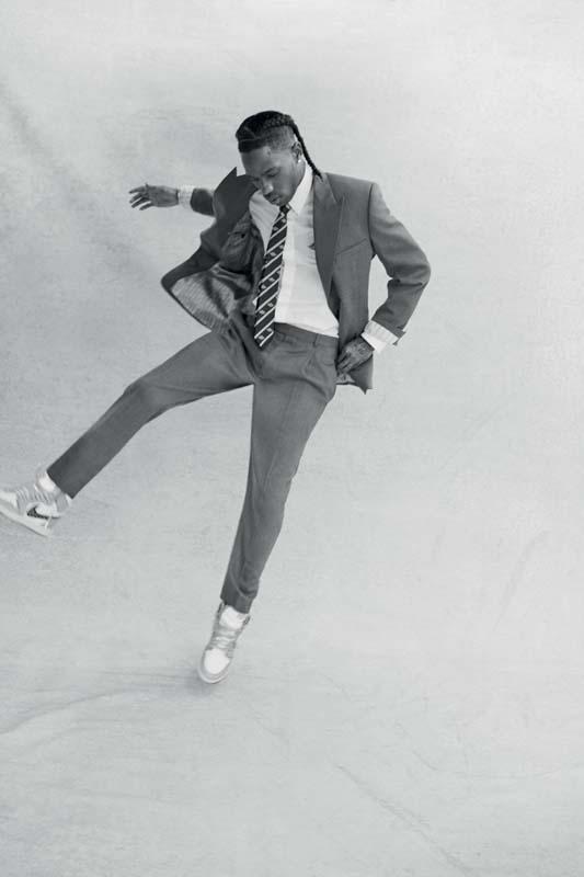 """Wool serge suit, shirt, tie and """"Air Jordan 1 High OG Dior"""" sneakers, Capsule Air Dior, Dior Men."""
