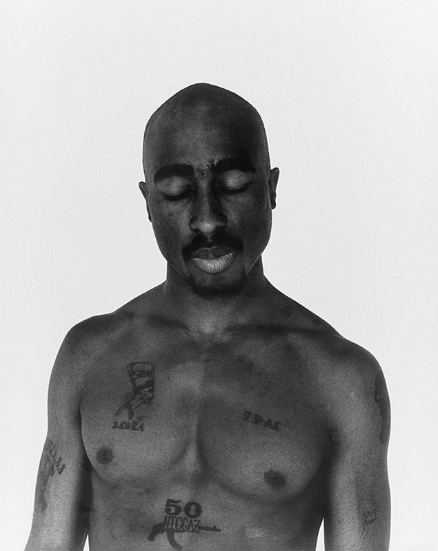 Tupac en 1993 par Michel Haddi.