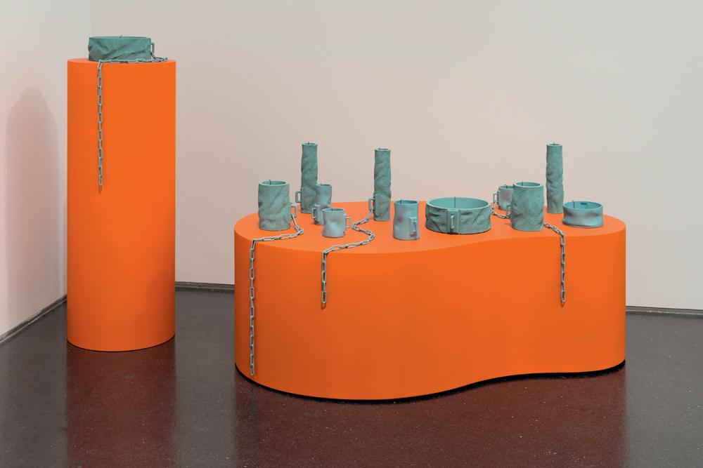 """Vue de l'exposition """"Virgil Abloh: Figures of speech"""" au MCA Chicago en 2019."""