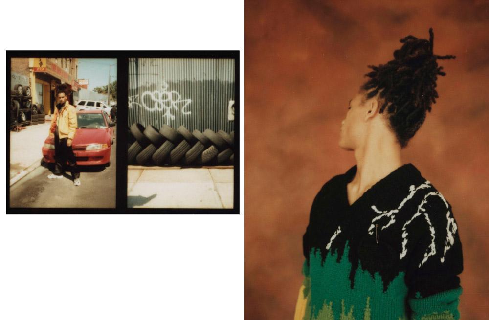 À gauche : pull en laine brodée et broche, PRADA. À droite : blouson en toile de coton technique, PARAJUMPERS. Blouson en Nylon imprimé, VERSACE. Pantalon en satin de soie, PRADA. Baskets, NIKE. Tee-shirt personnel.