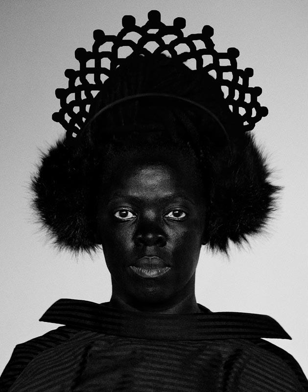 "Zanele Muholi, ""Siphe, Johannesburg"", 2018, de la série ""Somnyama Ngonyama"". Courtesy of Stevenson, Cape Town/Johannesburg and Yancey Richardson, New York and the Solomon R. Guggenheim Museum, New York. © Zanele Muholi"