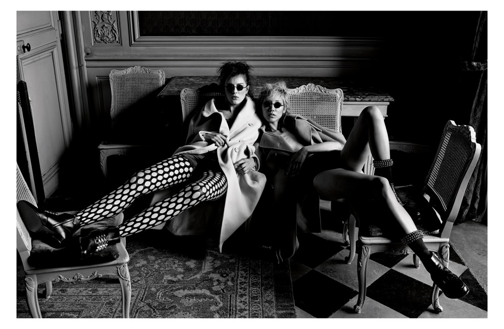 Coat, DIOR. Jumpsuit, LA PERLA. Bottines, HERMES. Glasses, TRACTION PRODUCTIONS. Thight, PROENZA SCHOULER. On the right: coatMICHAEL KORS COLLECTION. Underwear, LA PERLA. Boots, HERMES. Earrings, DIOR.Glasses, TRACTION PRODUCTIONS. Socks, ALEXANDER WANG.  Realisation : Belén Casadevall assisted by Manon Del Colle. Models : Soo Joo Park from IMG Models andGiedre Kiaulenaite from Women Management. Hair : Tomohiro Ohashi forBumble and bumble fromz Management + Artists. Make-up: Lloyd Simmonds for Yves Saint Laurent from Agence Carole. Digital: Charles Lu. Jun Ho Choi. Production : Carine Idy from André Werther et Associés.  Check out the full story in the October issue of Numéro, now in stands and available in our iPad app.  →Subscribe to the print edition of Numéro →Subscribe to the Numéro iPad app