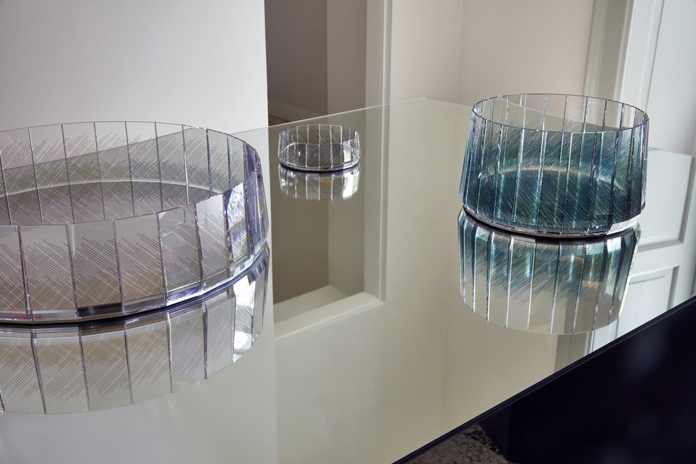 Imprimé by Raw Edges. Cristal and lazer printed table centerpiece.