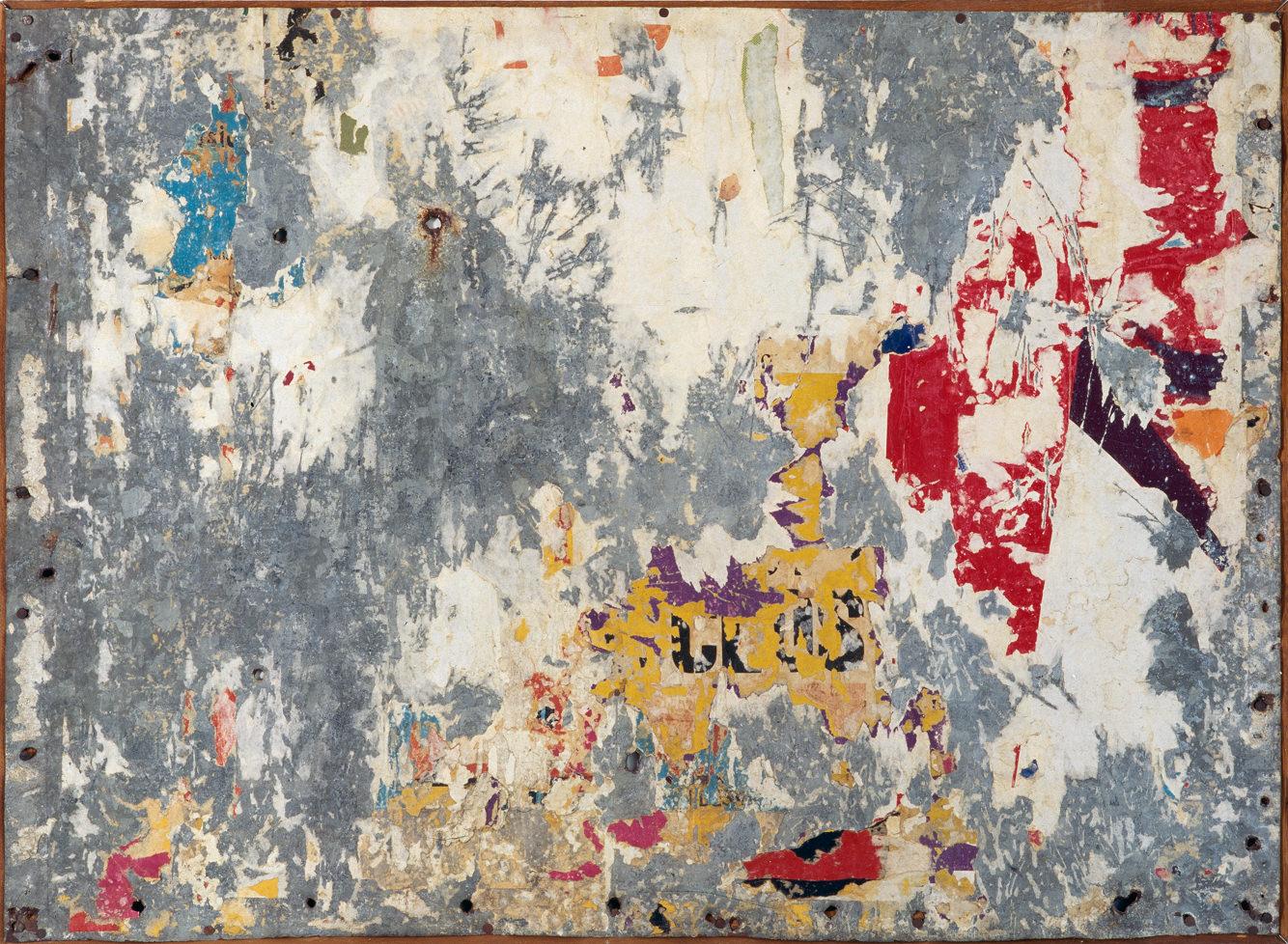 Peinture(1963) deRaymond Hains. Courtesy ofADAGP, Paris, collection Frac Nord-Pas-de-Calais.