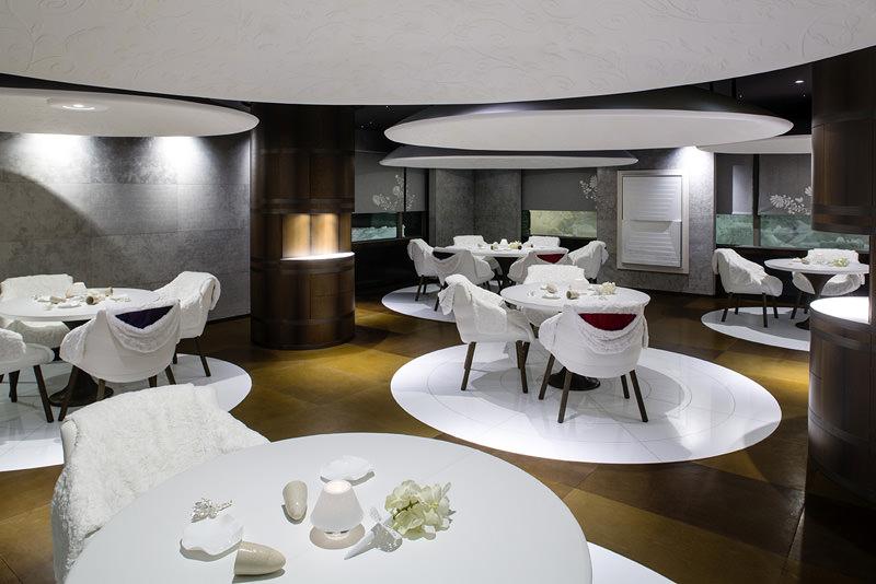 Les plus beaux h tels de courchevel num ro magazine - Decoration table restaurant gastronomique ...