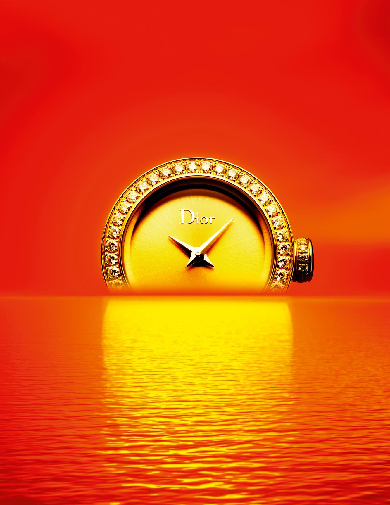 """Montre """"La Mini D de Dior Satine"""" en or jaune et diamants, DIOR HORLOGERIE."""