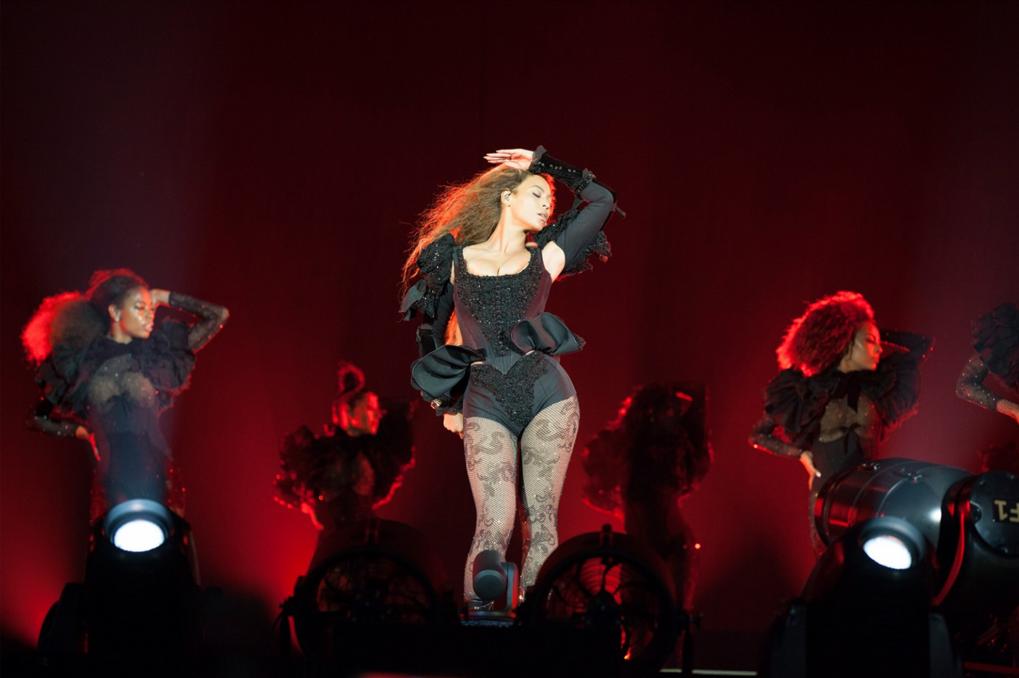 Dsquared2 habille Beyoncé sur le Formation Tour