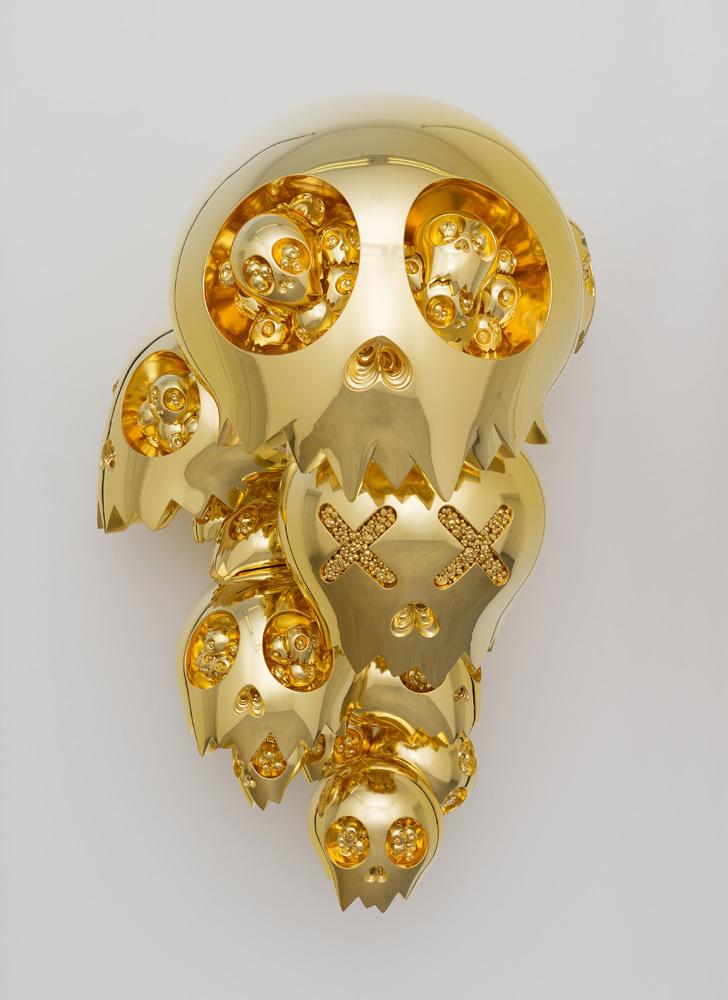 Takashi Murakami Dragon Heads – Gold(2015). Feuille d'or sur fibre de carbone et fibre de verre. © 2015 Takashi Murakami/Kaikai Kiki Co., Ltd. Tous droits réservés. Photo : Claire Dorn. Courtesy ofGalerie Perrotin