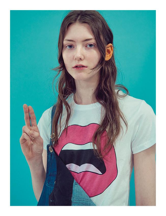 Tee-shirt en coton, YAZBUKEY. Salopette en denim flammé japonais, A.P.C.