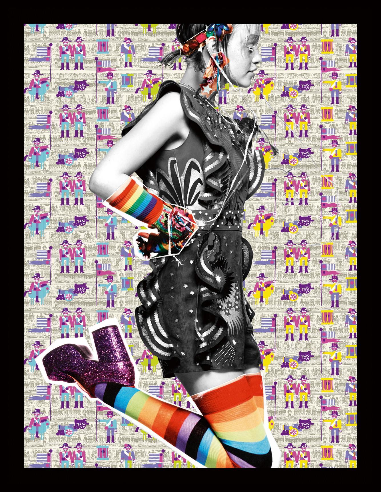 Manteau en fausse fourrure multicolore, GIORGIO ARMANI. Culotte, MAISON THE FAUX. Chaussures, NATACHA MARRO. Mitaines et chaussettes, AMAZON.COM. Serre-tête et bijoux, ERICKSON BEAMON.