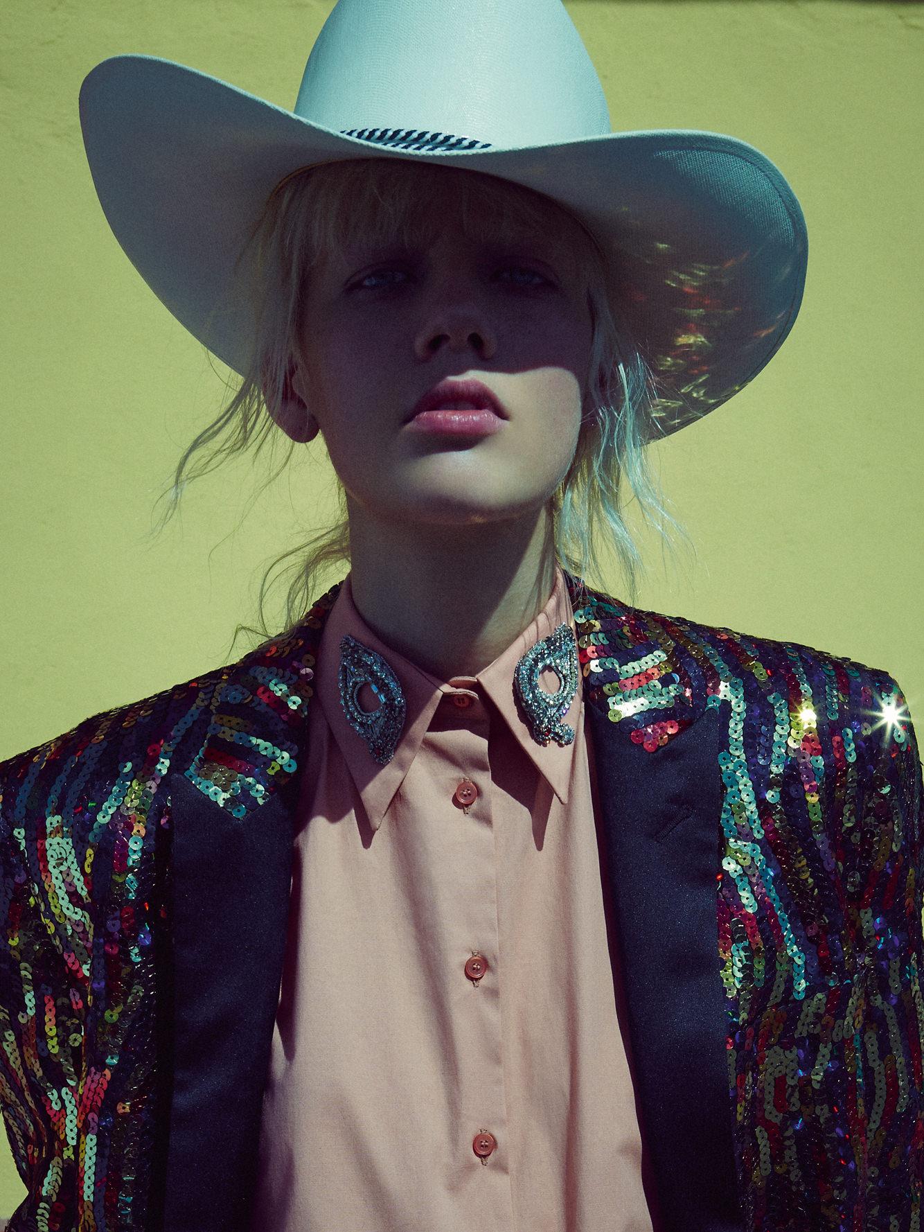 Jacket, SAINT LAURENT PAR HEDI SLIMANE. Shirt, ROCHAS. Vintage hat.