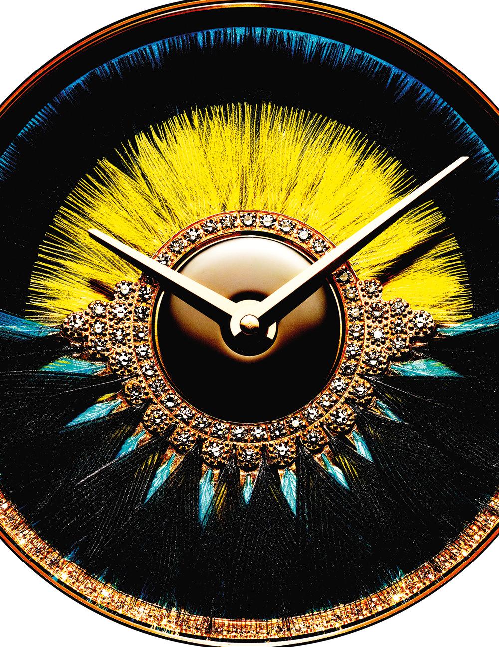 """Montre """"Dior VIII Grand Bal 'Cancan'"""" en or rose, diamants céramique high-tech noire, marqueterie de plumes noires et jaunes, DIOR HORLOGERIE"""