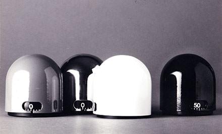 10 h 30 : un peu d'histoire Premier musée du design italien, le Triennale Design Museum propose une réflexion sur l'invasion des ustensiles ménagers dans notre quotidien, scénographiée par le Studio Italo Rota. www.triennale.org/it/istituzione/fondazione-museo-del-design. © Courtesy of Triennale