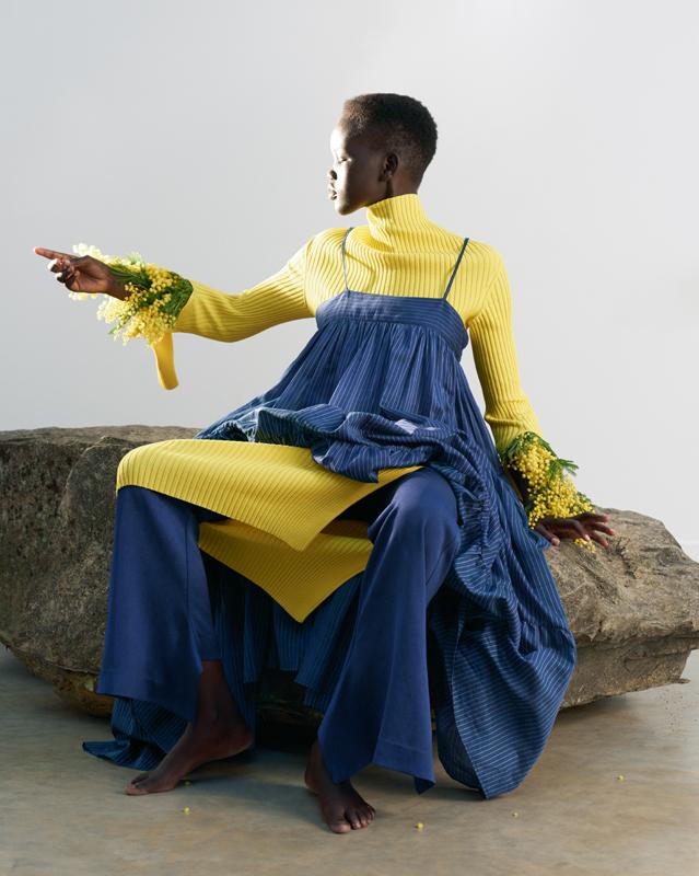 Robes en coton superposées et pantalon en soie, ERIKA CAVALLINI.