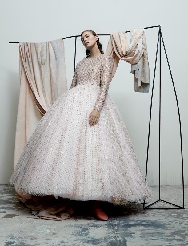 Dress, GIAMBATTISTA VALLI HAUTE COUTURE. Shoes, ACNE STUDIOS.