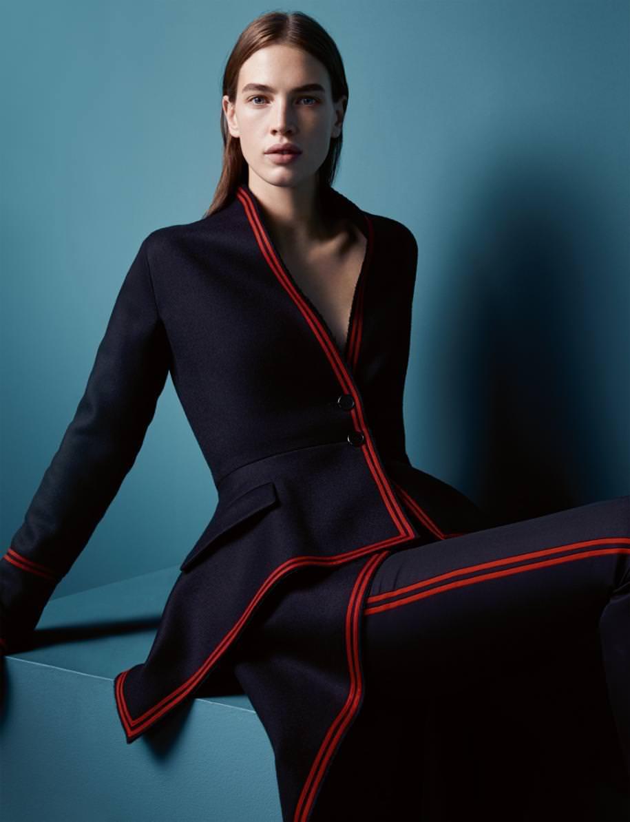 Manteau et pantalon en laine gansée rouge, GIVENCHY PAR RICCARDO TISCI.