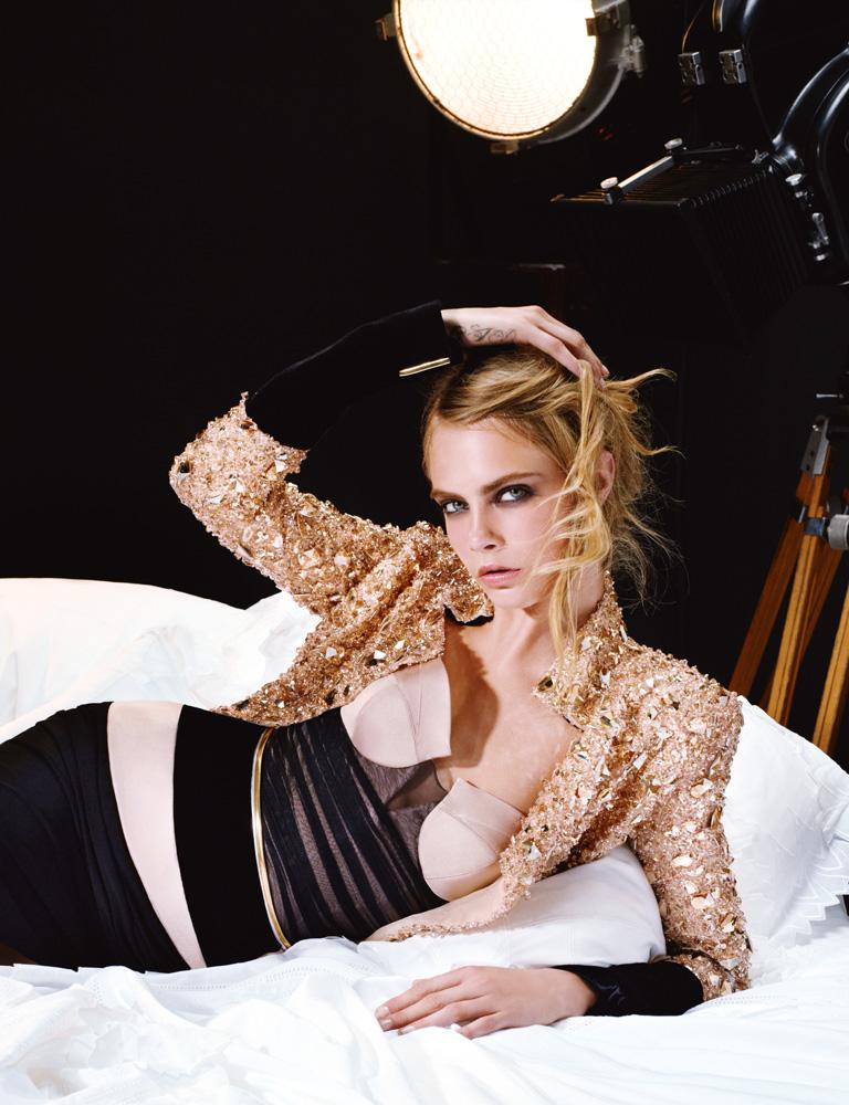 Numéro #146 Septembre 2012. Mannequin : Cara Delevingne en Alexandre Vauthier Haute Couture. Make up : Topolino. Hair : Laurent Philippon.
