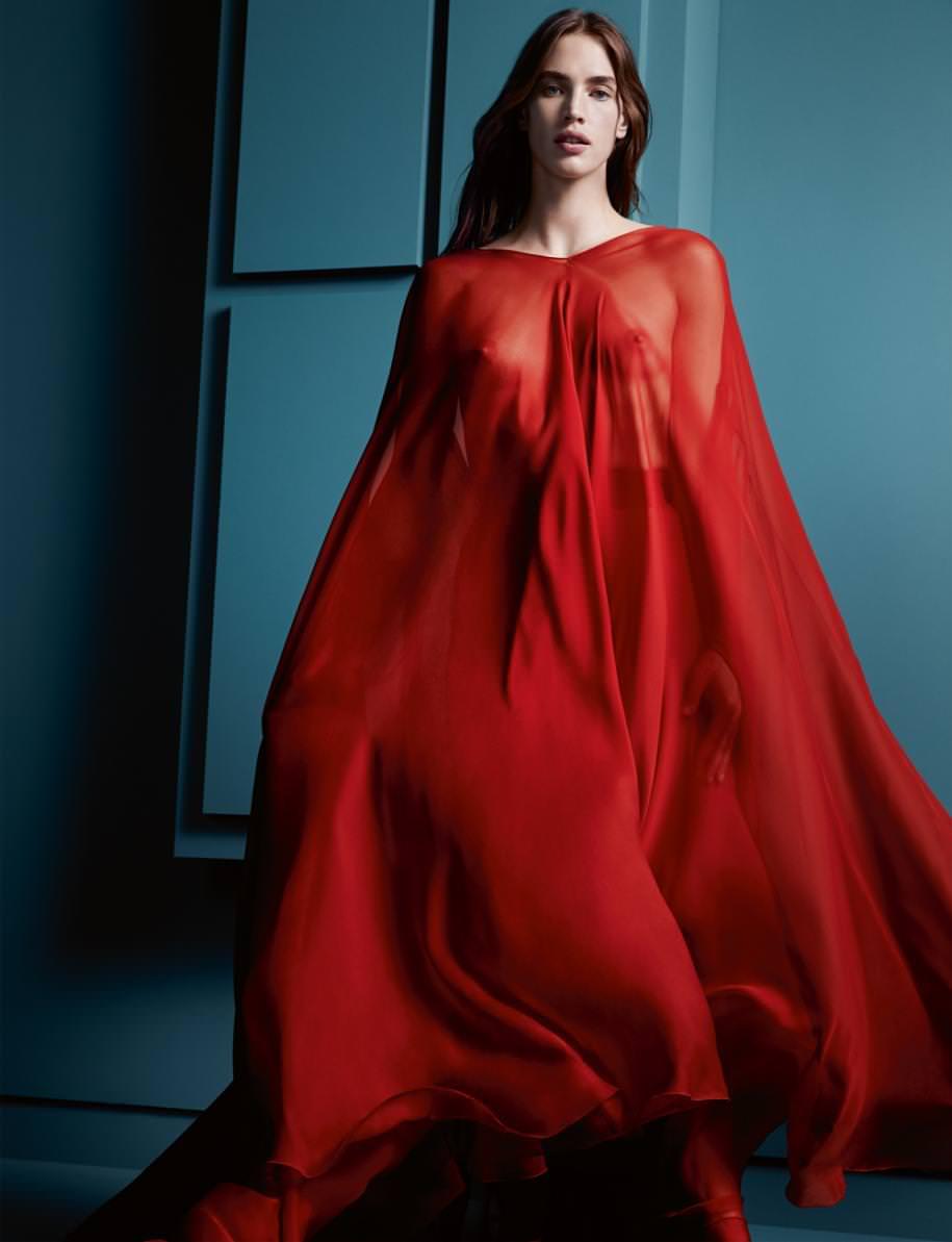 Robe longue sur jupe en mousseline de soie, VALENTINO.