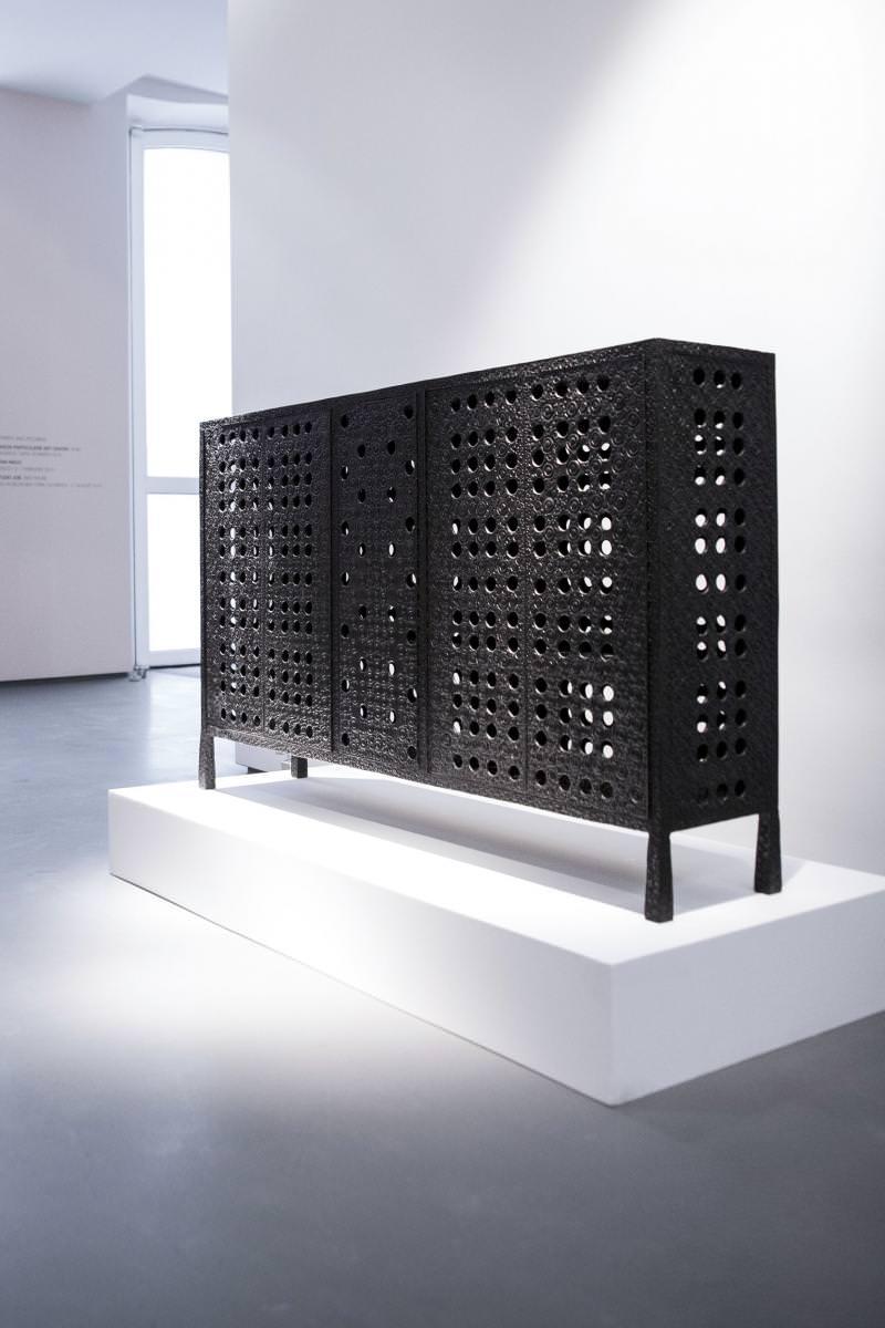 "Ingrid Donat,""Buffet Cisco"", 2015, bronze,H87 L141 W28.5 CM"