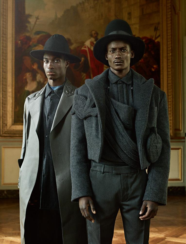 Bouson en flanelle matelassée, chemise en flanelle et pantalon en laine, Louis Vuitton. Chapeau, La Créole.