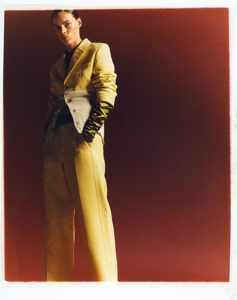 Veste et pantalon en maille et soie, LANVIN. Blouse en satin de soie, COLLINI MILANO 1937.