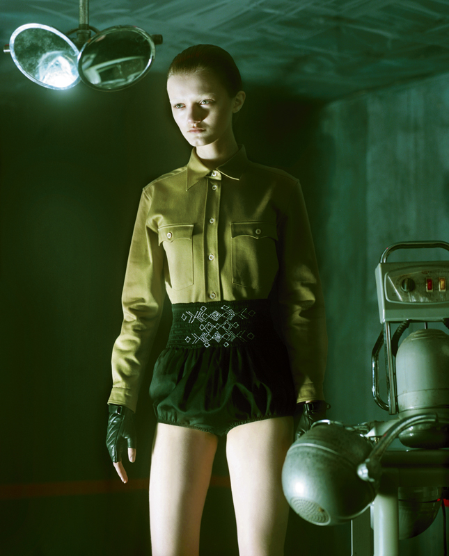 Shirt and short, MIU MIU. Gloves, AGNELLE.